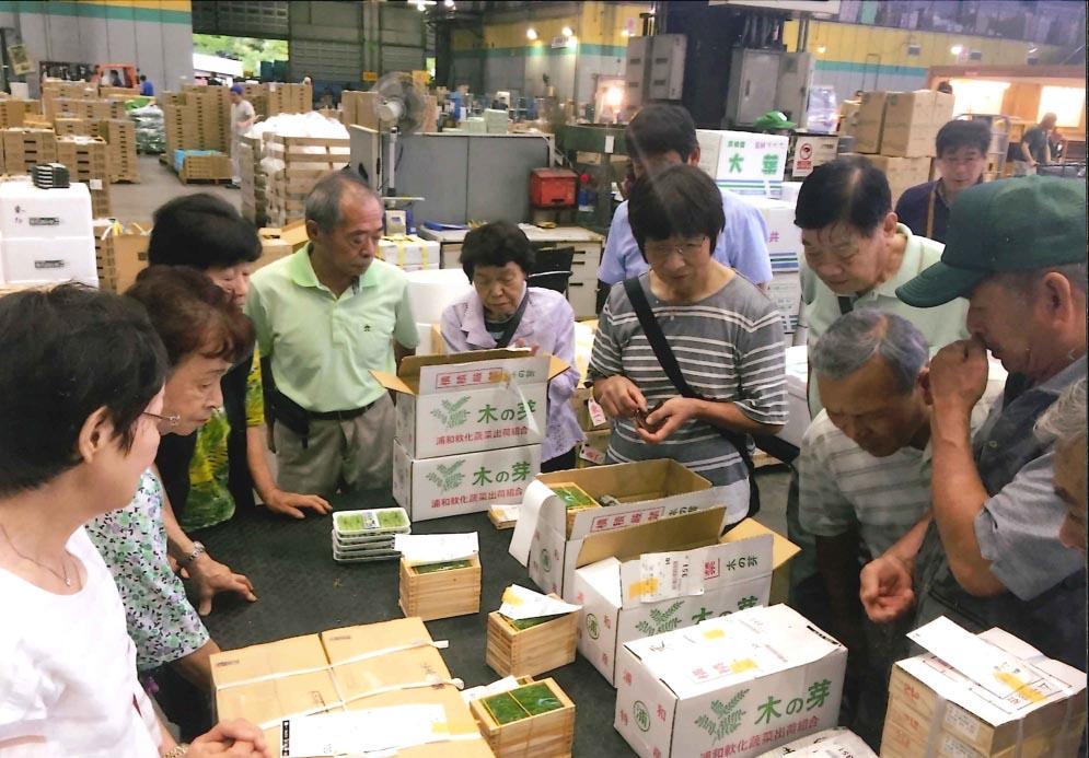 大田市場へ視察研修(東浦和支店)